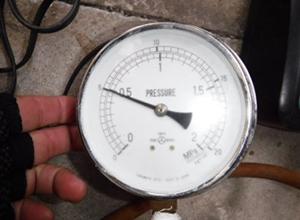 既設共用給水管耐圧試験